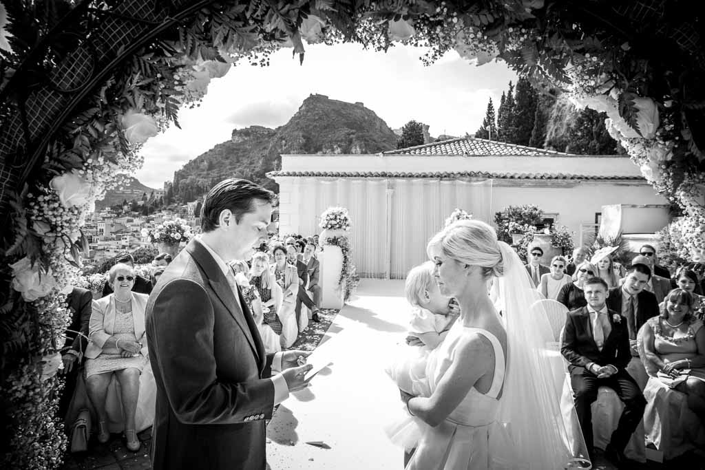 012-wedding_photographer_best_matrimonio_fotografo_taormina_italy _timeo_teatro_greco_marco_ficili