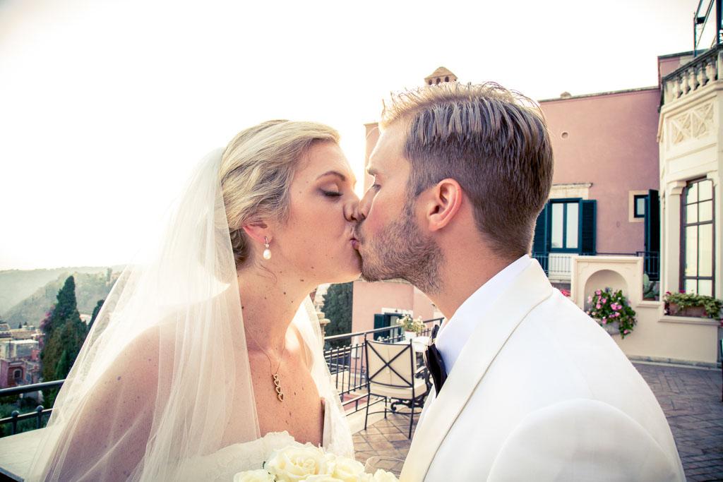 Matrimonio Spiaggia Taormina : Matrimonio villa sant andrea taormina marco ficili fotografo