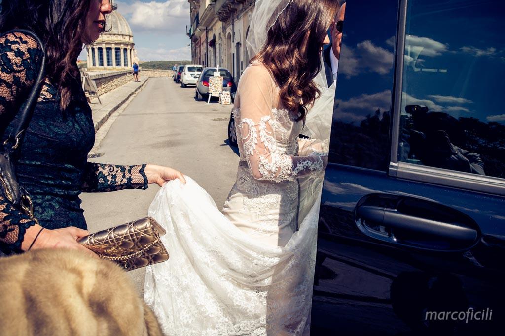 matrimonio-ragusa-ibla-fotografo_migliore_sicilia_ragusa_modica_scicli_sposi_chiesa-ss-anime-del-purgatorio_ciccio_sultano_marco_ficili_018