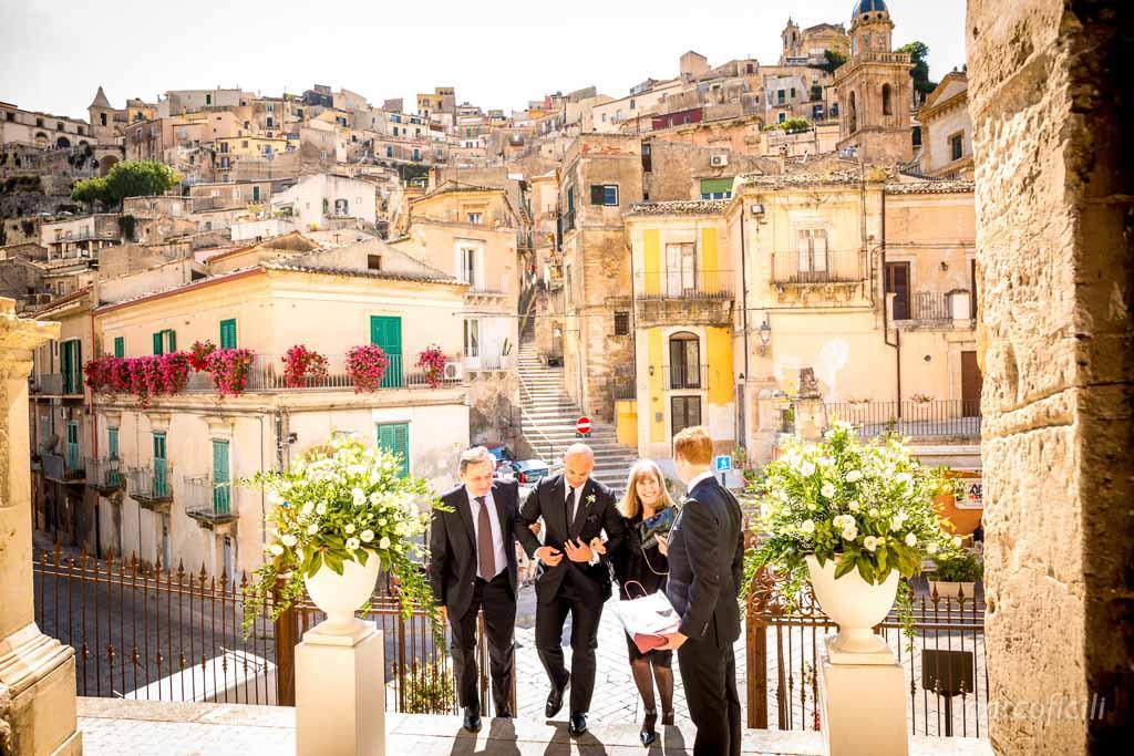 matrimonio-ragusa-ibla-fotografo_migliore_sicilia_ragusa_modica_scicli_sposi_chiesa-ss-anime-del-purgatorio_ciccio_sultano_marco_ficili_019