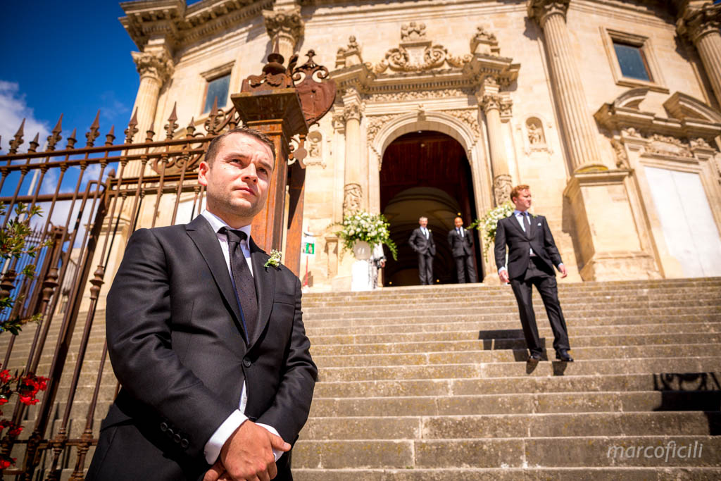 matrimonio-ragusa-ibla-fotografo_migliore_sicilia_ragusa_modica_scicli_sposi_chiesa-ss-anime-del-purgatorio_ciccio_sultano_marco_ficili_021