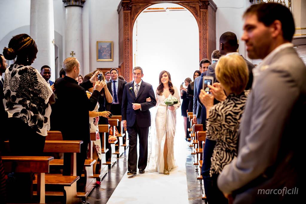 matrimonio-ragusa-ibla-fotografo_migliore_sicilia_ragusa_modica_scicli_sposi_chiesa-ss-anime-del-purgatorio_ciccio_sultano_marco_ficili_025