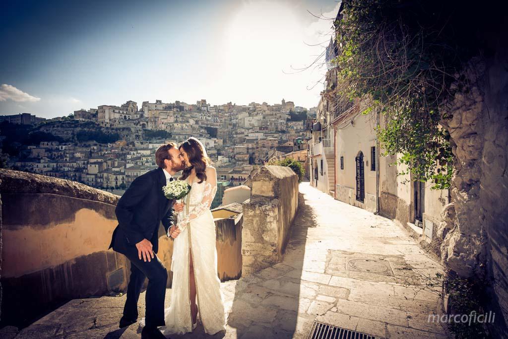 matrimonio-ragusa-ibla-fotografo_migliore_sicilia_ragusa_modica_scicli_sposi_chiesa-ss-anime-del-purgatorio_ciccio_sultano_marco_ficili_041