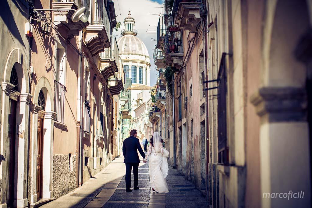 matrimonio-ragusa-ibla-fotografo_migliore_sicilia_ragusa_modica_scicli_sposi_chiesa-ss-anime-del-purgatorio_ciccio_sultano_marco_ficili_043