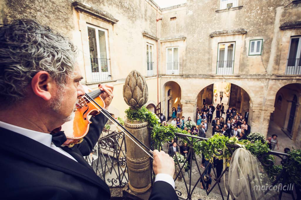 matrimonio-ragusa-ibla-fotografo_migliore_sicilia_ragusa_modica_scicli_sposi_chiesa-ss-anime-del-purgatorio_ciccio_sultano_marco_ficili_051
