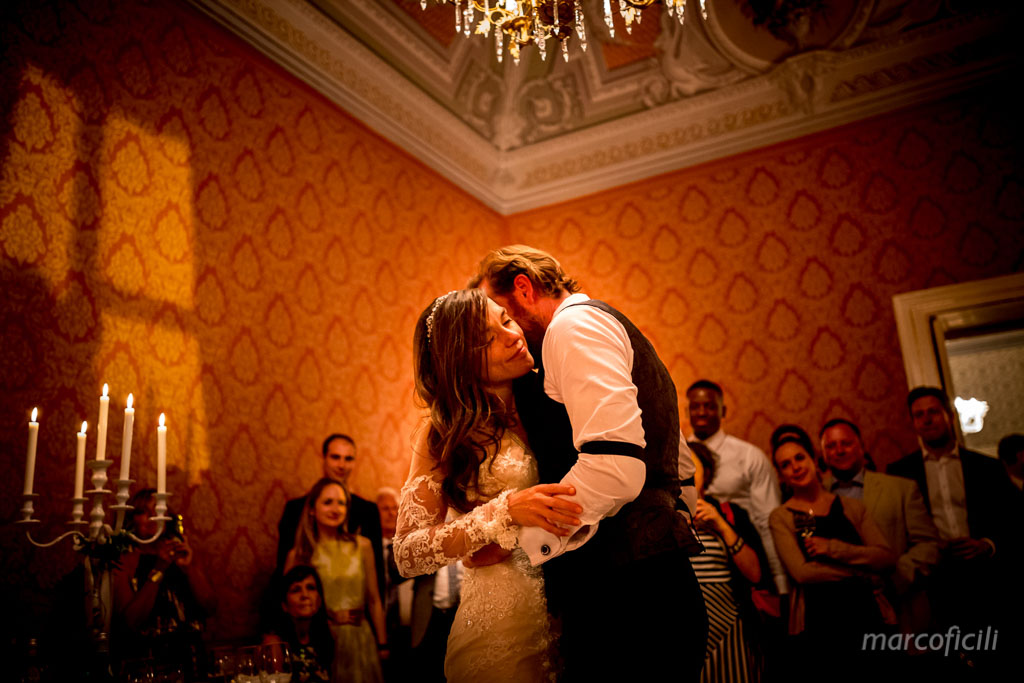 matrimonio-ragusa-ibla-fotografo_migliore_sicilia_ragusa_modica_scicli_sposi_chiesa-ss-anime-del-purgatorio_ciccio_sultano_marco_ficili_065
