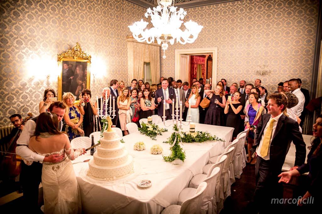 matrimonio-ragusa-ibla-fotografo_migliore_sicilia_ragusa_modica_scicli_sposi_chiesa-ss-anime-del-purgatorio_ciccio_sultano_marco_ficili_067