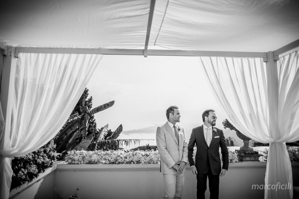 Romantic wedding Timeo Taormina _photographer_photos_videographer_video_sicily_taormina_italy_mariage_best_top_catania_fireworks_blessing_terrace_greek_ theatre_marco_ficili_020-