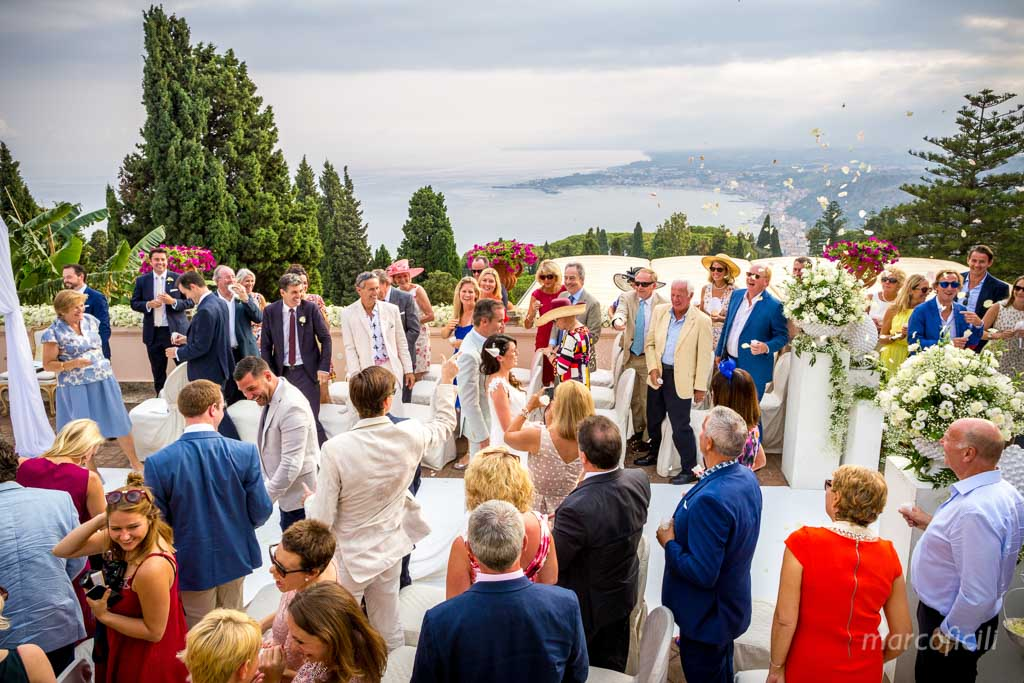 Romantic wedding Timeo Taormina _photographer_photos_videographer_video_sicily_taormina_italy_mariage_best_top_catania_fireworks_blessing_terrace_greek_ theatre_marco_ficili_027-