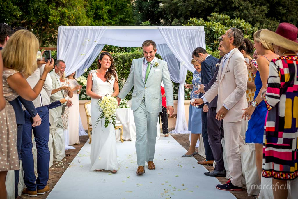 Romantic wedding Timeo Taormina _photographer_photos_videographer_video_sicily_taormina_italy_mariage_best_top_catania_fireworks_blessing_terrace_greek_ theatre_marco_ficili_028-