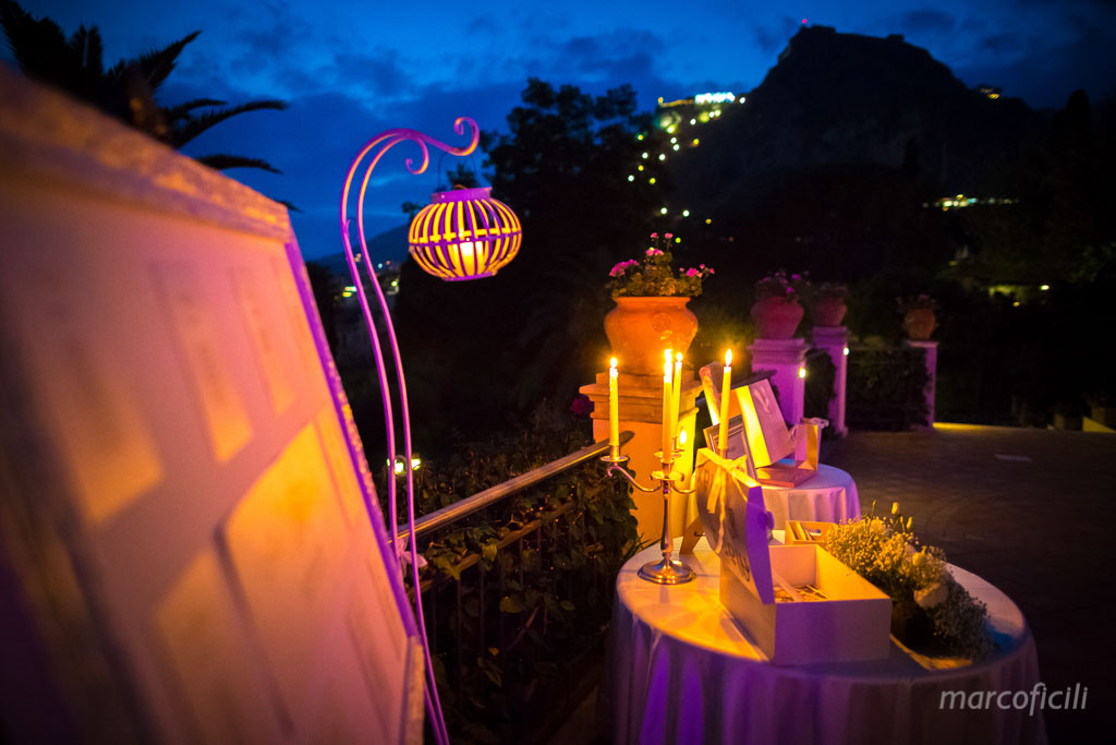 Romantic wedding Timeo Taormina _photographer_photos_videographer_video_sicily_taormina_italy_mariage_best_top_catania_fireworks_blessing_terrace_greek_ theatre_marco_ficili_039-