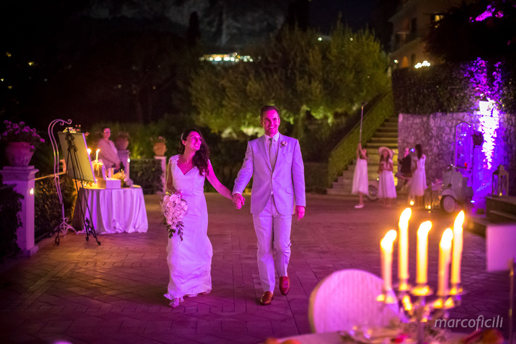 Romantic wedding Timeo Taormina _photographer_photos_videographer_video_sicily_taormina_italy_mariage_best_top_catania_fireworks_blessing_terrace_greek_ theatre_marco_ficili_040-