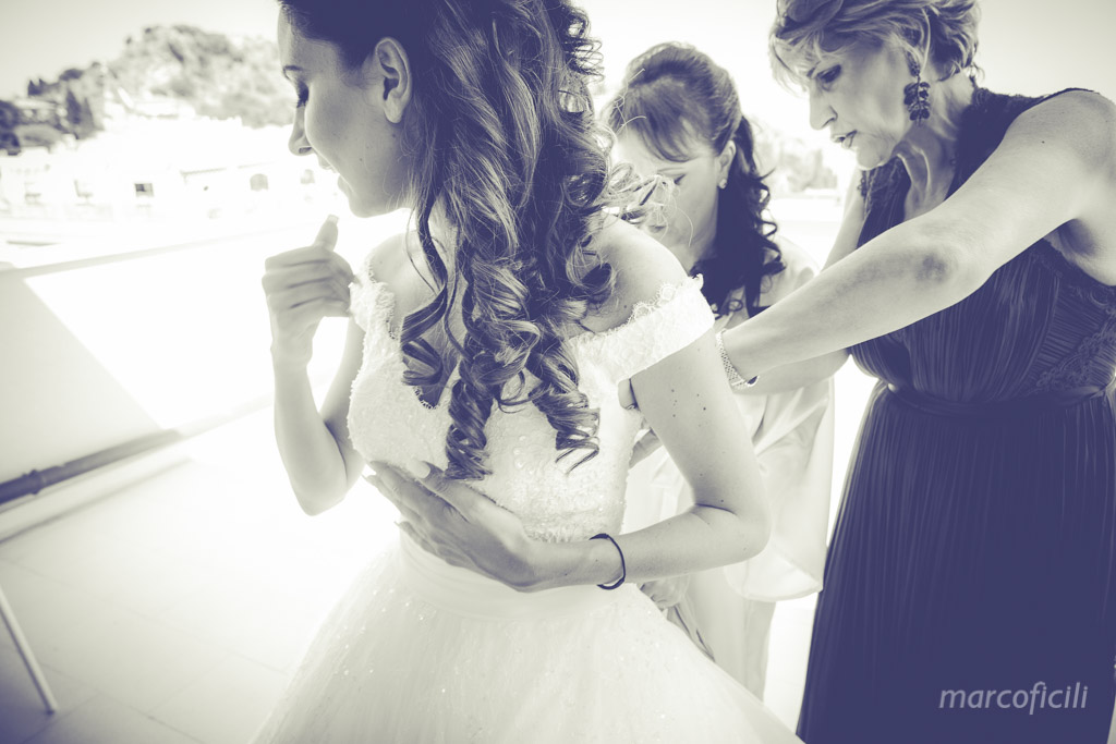 Wedding Varò church Taormina _photographer_videographer_best_top_sicily_italy_villa_antonio_dance_corso_umberto_marco_ficili_011-
