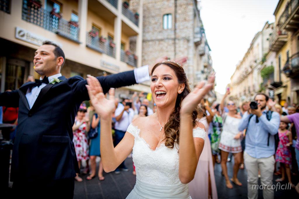 Wedding Varò church Taormina _photographer_videographer_best_top_sicily_italy_villa_antonio_dance_corso_umberto_marco_ficili_044-