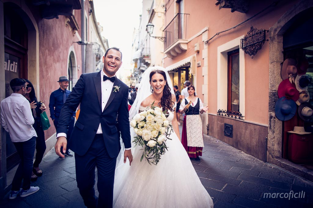 Wedding Varò church Taormina _photographer_videographer_best_top_sicily_italy_villa_antonio_dance_corso_umberto_marco_ficili_036-