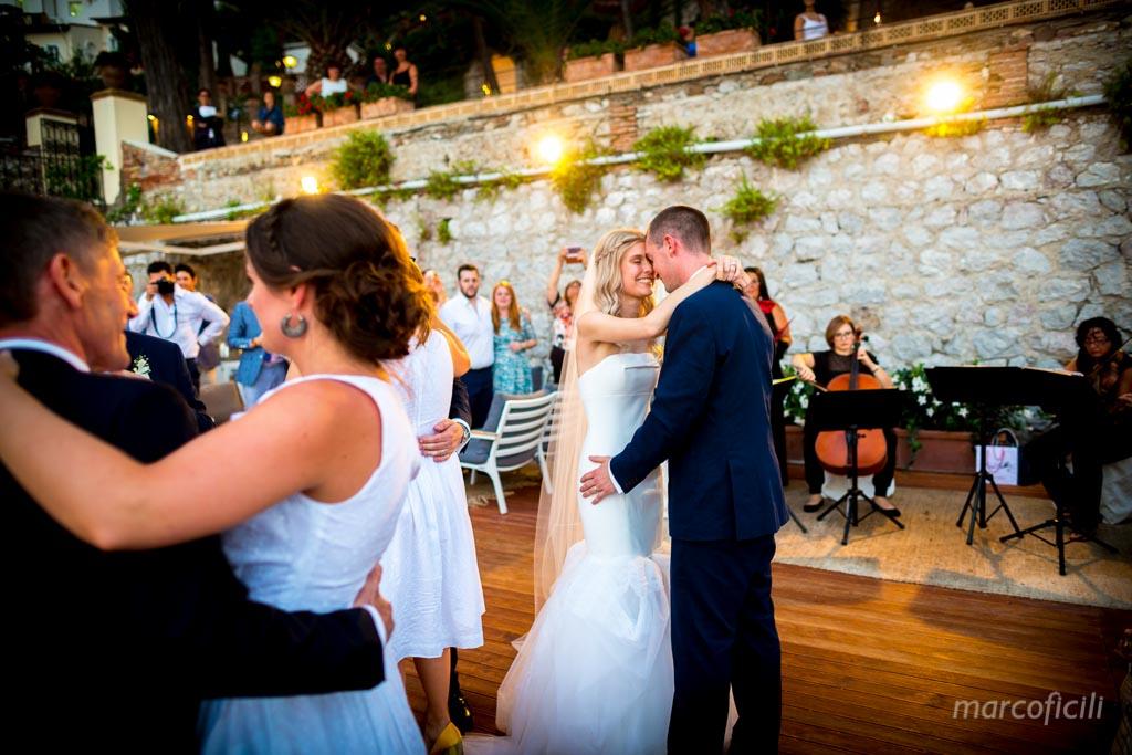 Cerimonia Civile Villa Sant'Andrea Taormina _matrimonio_giardino_spiaggia_inglese_sicilia_fotografo_bravo_migliore_famoso_belmond_villa_sant'andrea_marco_ficili_025-