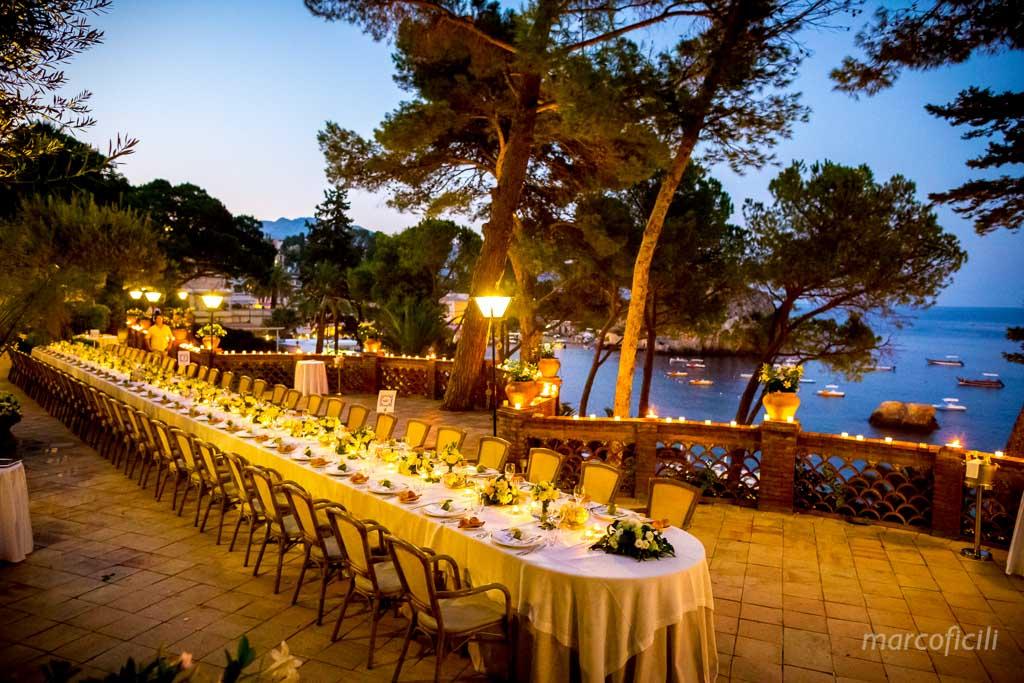 Matrimonio Spiaggia Taormina : Cerimonia civile villa sant andrea taormina marco