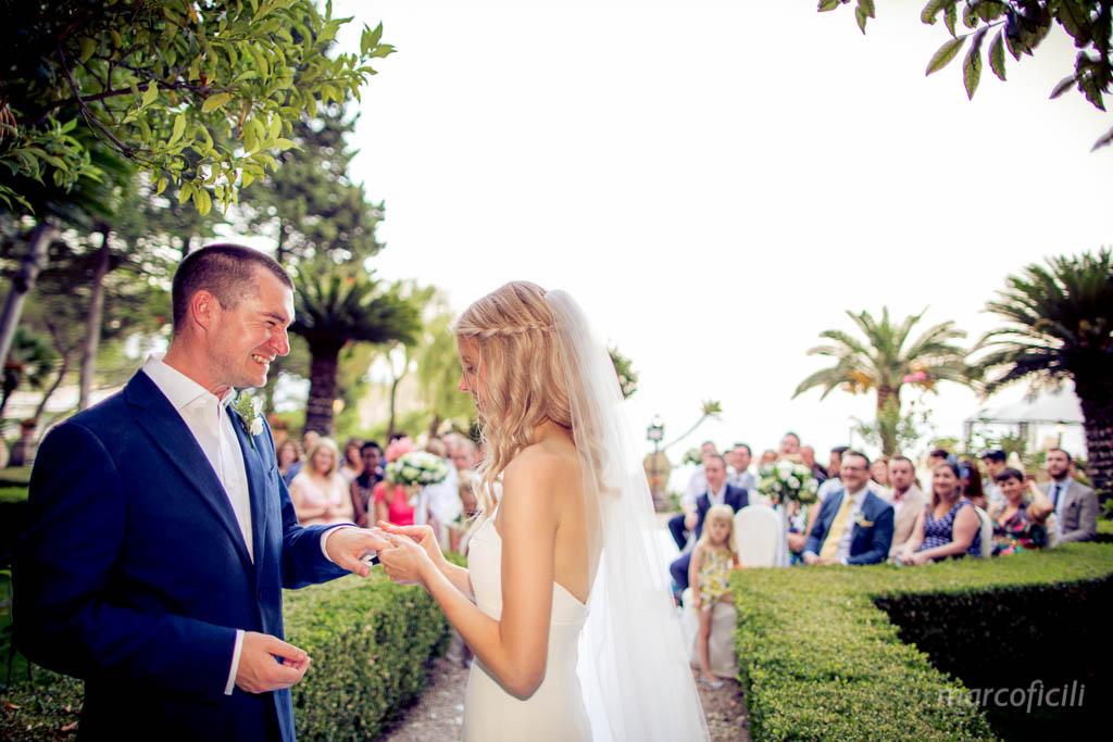Intimate wedding Villa Sant'Andrea Taormina _potography_photographer_sunset_garden_english_sicily_italy_destination_wedding_sea_beach_belmond_marco_ficili_010-