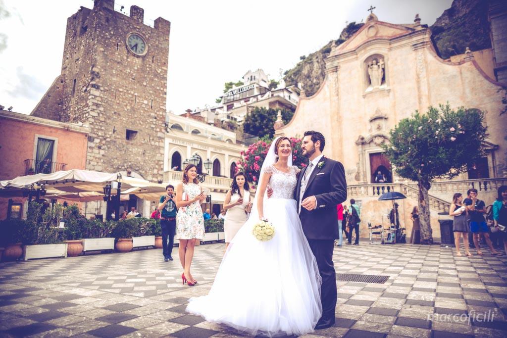 Matrimonio Taormina piazza IX Aprile