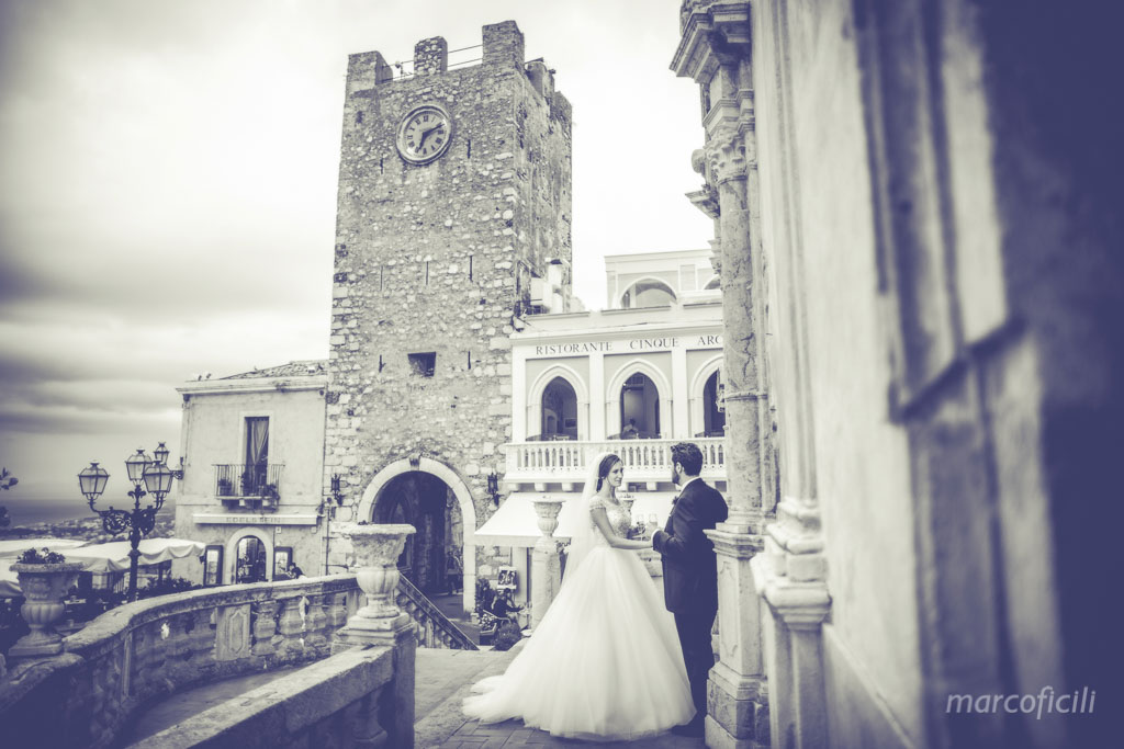 Taormina wedding couple Corso Umberto_tower_San Giuseppe churchh