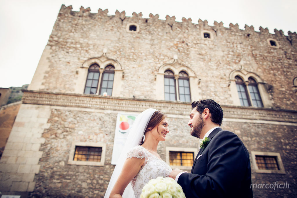 Taormina wedding couple Palazzo Corvaja