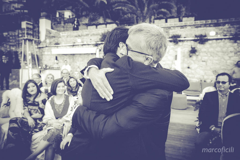 Matrimonio Spiaggia Taormina : Matrimonio spiaggia taormina marco ficili fotografo