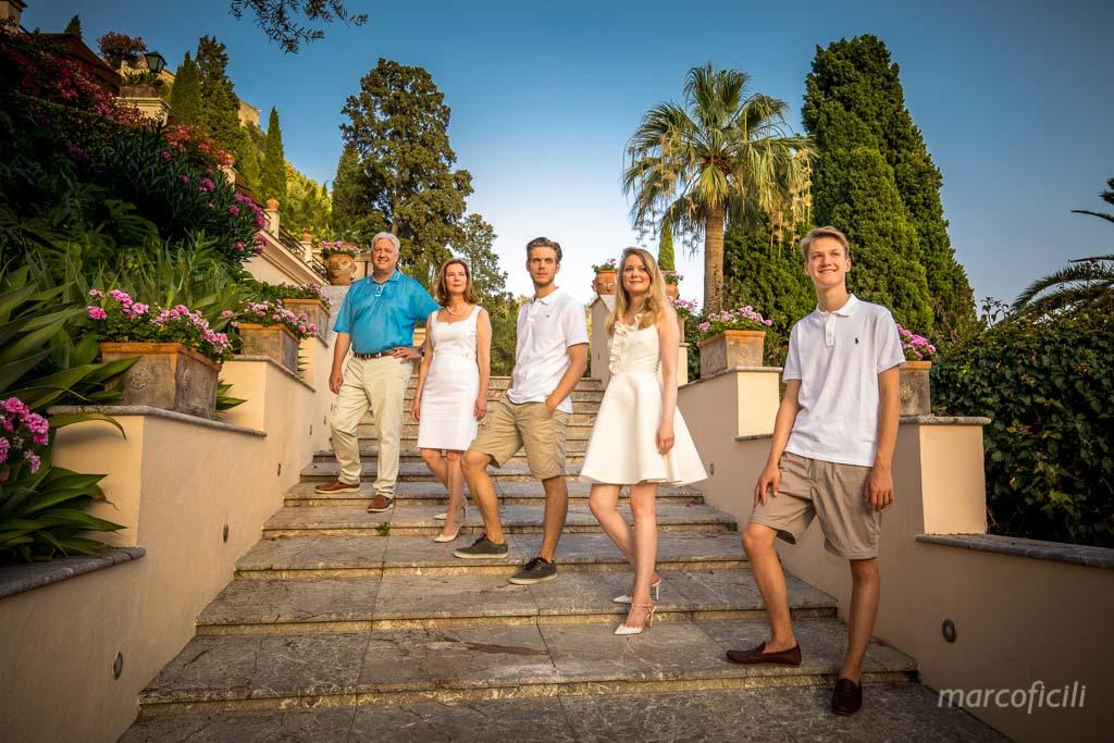 Ritratti famiglia in stile _Taormina_Sicilia_Catania