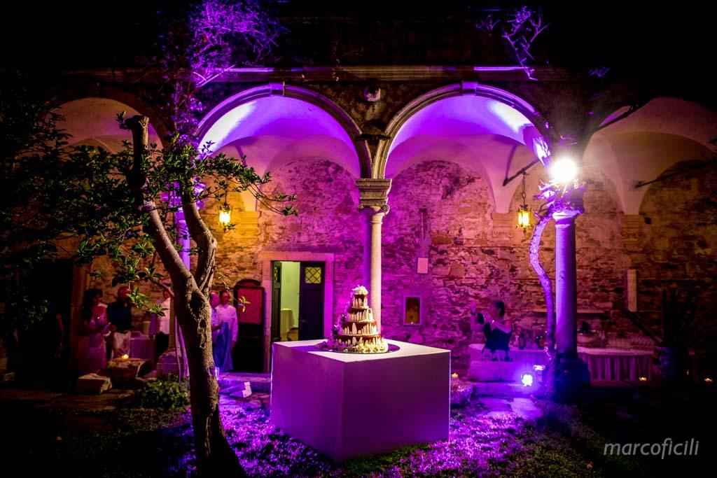 San Domenico Palace Taormina _wedding_photographer_photo_pictures_top_famous_best_elegant_chic_cake_amazing_sicily_magic_moonlight_terrace_love_wedding_cake