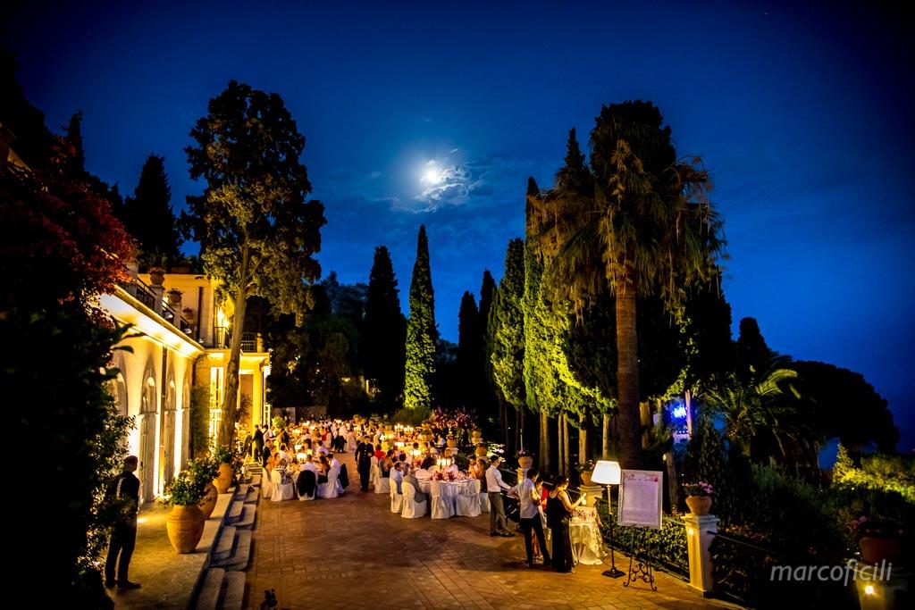 Chic Wedding Taormina _Sicily_Italy_best_wedding_photographer_belmond_grand_hotel_timeo_moonlight
