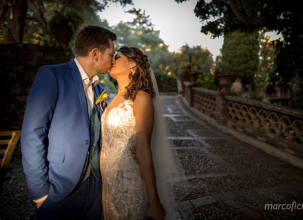 Wedding Taormina Varò church _photographer_best_top_famous_chic_Sicily_villa antonio_kiss_bride&groom