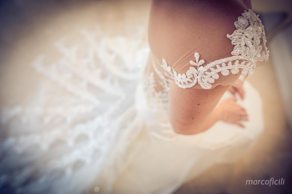 Matrimonio Taormina Mare _belmond_villasantandrea_spiaggia_preparazione_sposi_fotografo_bravo_chic_abito_sposa_bello