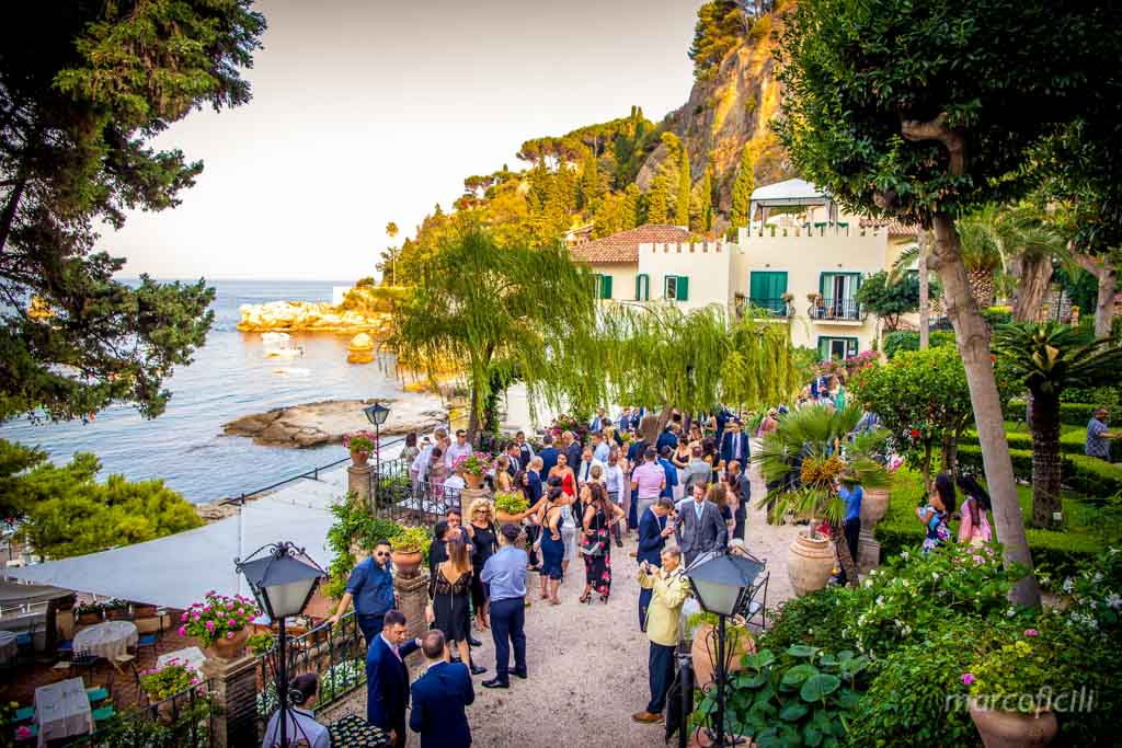 Taormina Sea Wedding _photographer_best_top_chic_gòamour_famous_belmond_santandrea_garden_fireworks_seaview_amazing_photographer_top_wonderful_chic_luxury