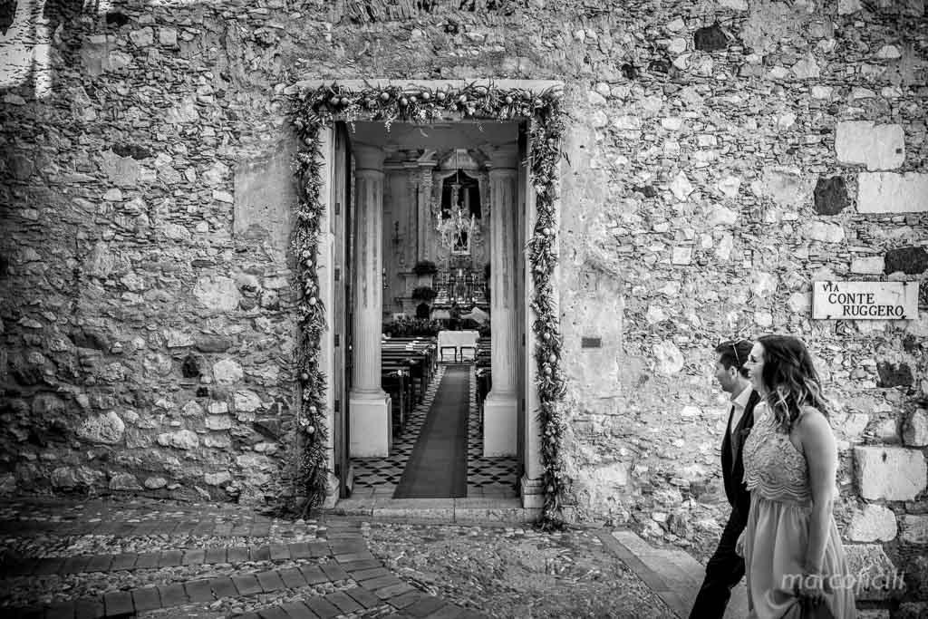 Matrimonio Taormina Chiesa Varò _Sicilia_Catania_gemelli_sposo_chiesa_arrivo