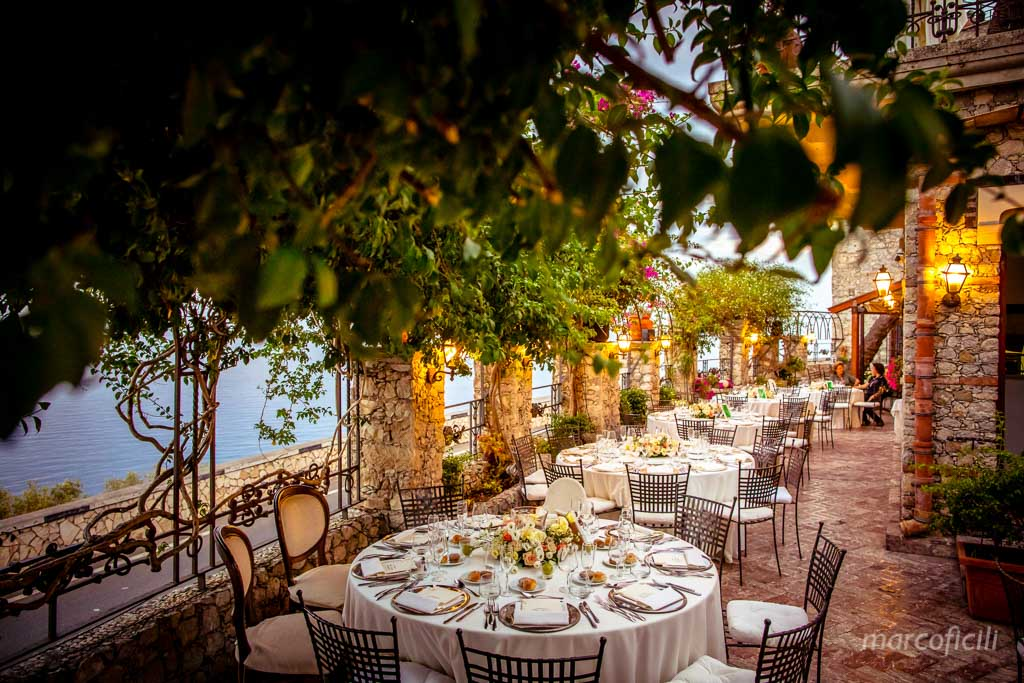 Villa Antonio Venue Taormina _Sicily_over the sea_ breathtaking_dinning set up