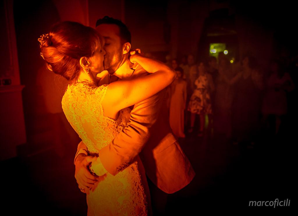 Villa Antonio Venue Taormina _Sicily_first dance_kiss