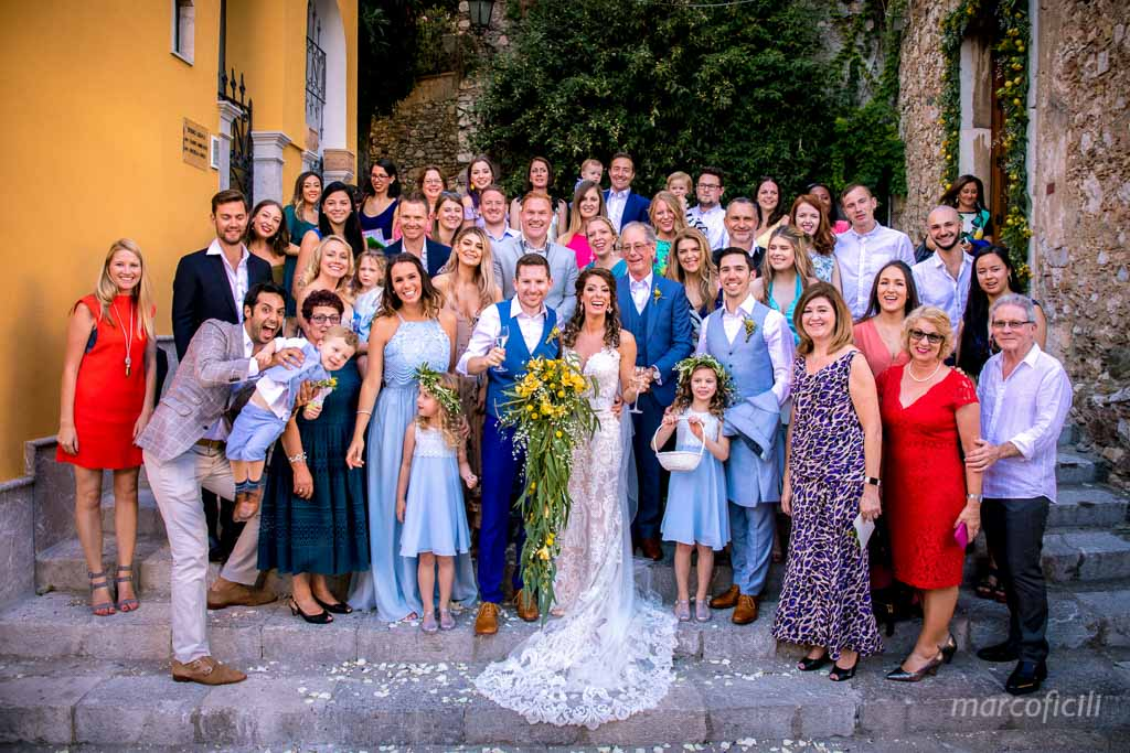 Wedding Taormina Varò church _Sicily__best_photographer_videographer_bride_groom_group_picture_photo