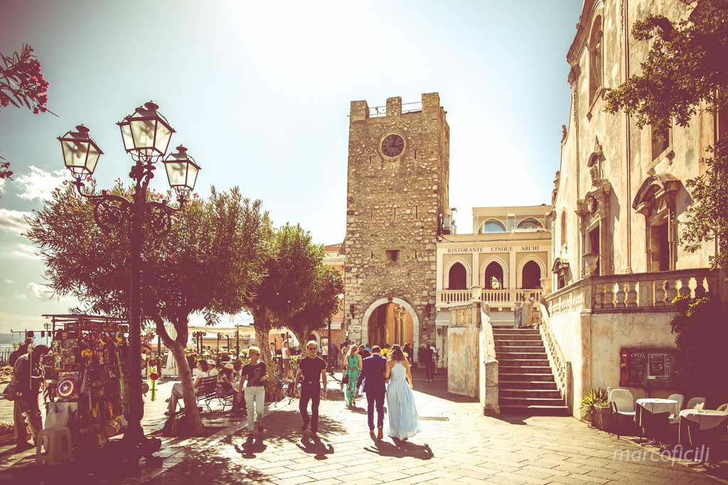 Wedding Taormina Varò church _Sicily__best_photographer_videographer__main_square_piazza IX Aprile_tower
