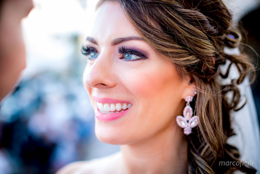 Wedding Taormina Varò church _Sicily__best_photographer_videographer_bride_portrait_eyes_blu_smile_happy