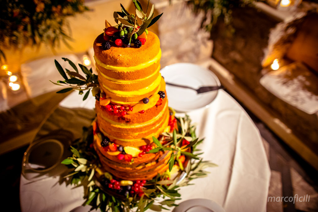 Wedding Taormina Varò church _Sicily__best_photographer_videographer_villa antonio_cake