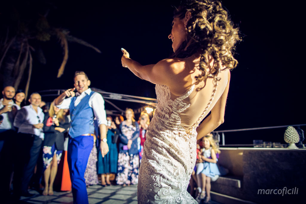 Wedding Taormina Varò church _Sicily__best_photographer_videographer_villa antonio_bride_groom_first dance_dancing