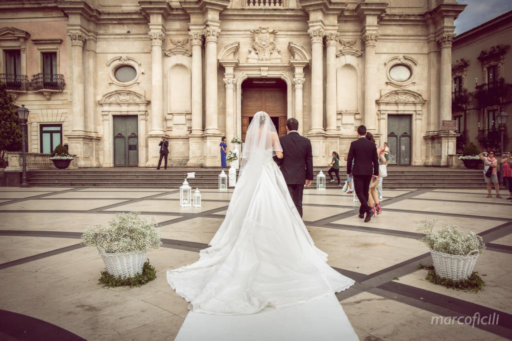 Acireale Wedding_church_Pietro_Paolo_photographer_best_top_catania_bride_father