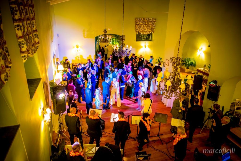 Acireale Wedding _hora_loca_catania_sicily_best_top_photographe_villa_party_dance_happy