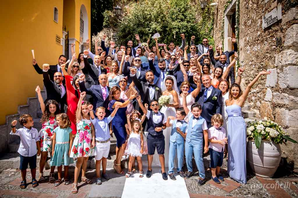 Fireworks Wedding Taormina _wedding_sicily_catania_lovely_luxury_amazing_happy_beach_villa_santandrea_belmond_top_photographer_videographer_happy_group_picture