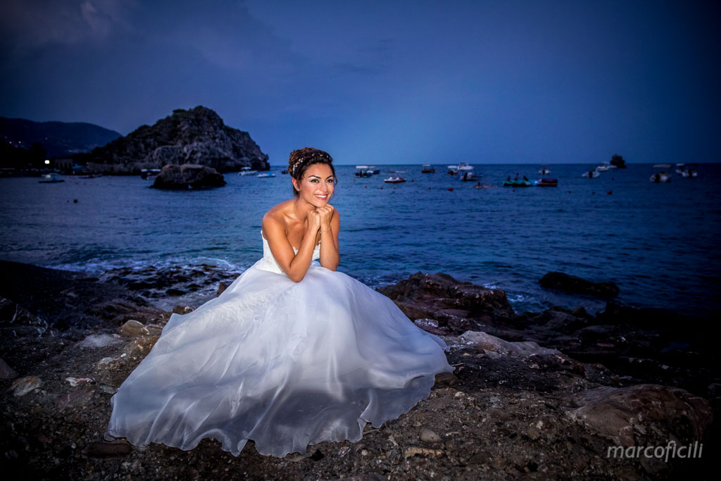 Fireworks Wedding Taormina _wedding_sicily_catania_lovely_luxury_amazing_happy_beach_villa_santandrea_belmond_top_photographer_videographer_bride_sea_sunset_amazing