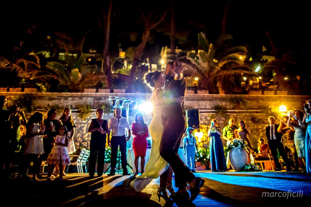 Fireworks Wedding Taormina _wedding_sicily_catania_lovely_luxury_amazing_happy_beach_villa_santandrea_belmond_top_photographer_videographer_bride_groom_first_dance