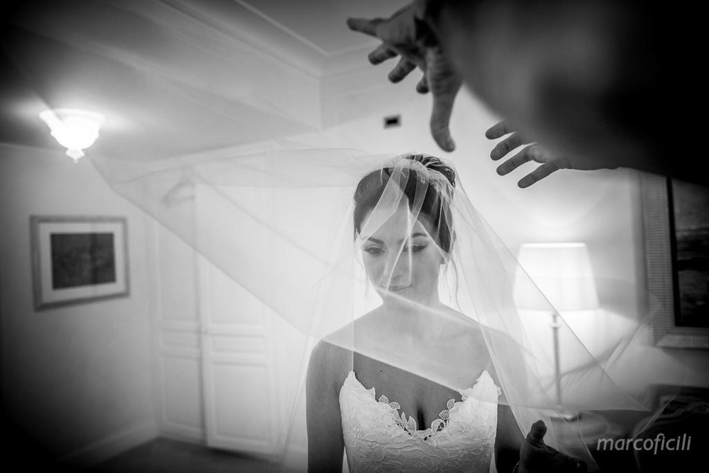Matrimonio Fuochi artificio Taormina _villa_santandrea_mare_spiaggia_stupenda_meravigliosa_mozzafiato_matrimonio_sposa_fotografo_luxury_sicilia_catania_velo_sposa