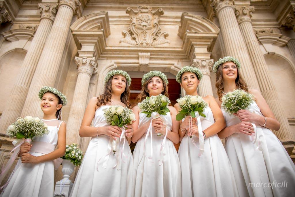 Matrimonio Giardini di Villa Fago _Acireale_Catania_fotografo_chiesa_Pietro_Paolo_damigelle