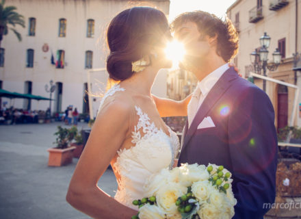 Sicilia, wedding, traditional, sun, sunset, kiss, bride, groom, wedding couple kiss, over the sun, photographer, photos, best, top, videographer, Cefalu,