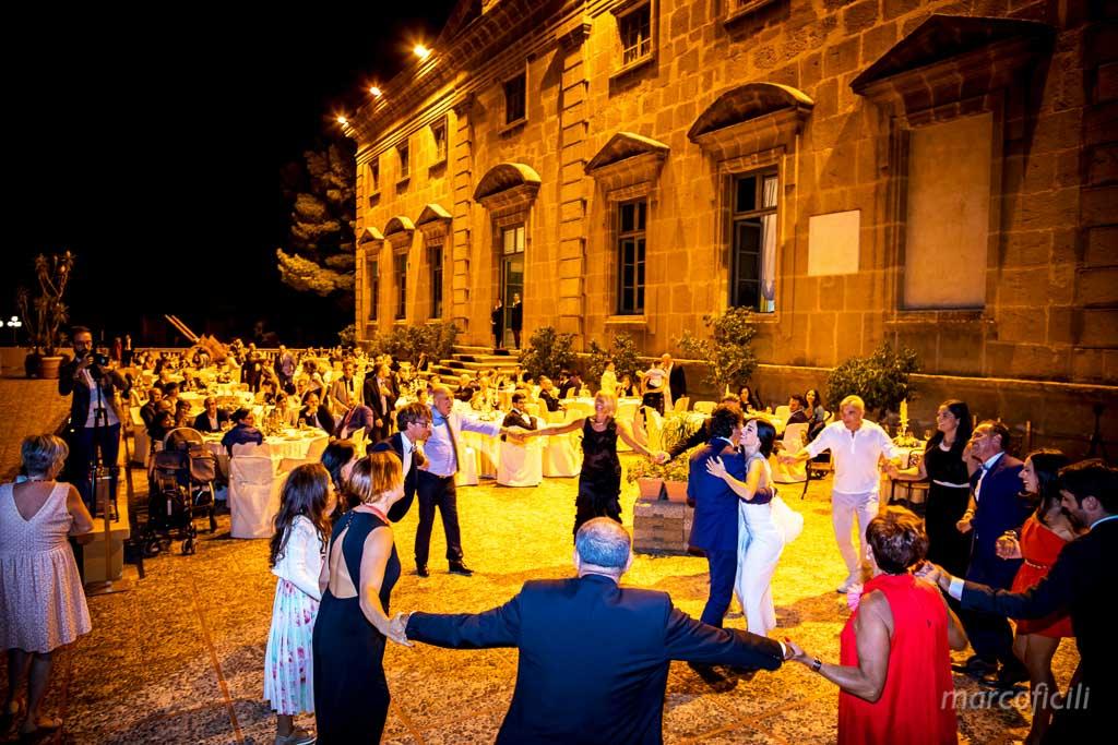 villarosa, matrimonio, sposi, bello, elegante, chic, notturno, fotografo,bravo,bagheria,palermo,sicilia,balli