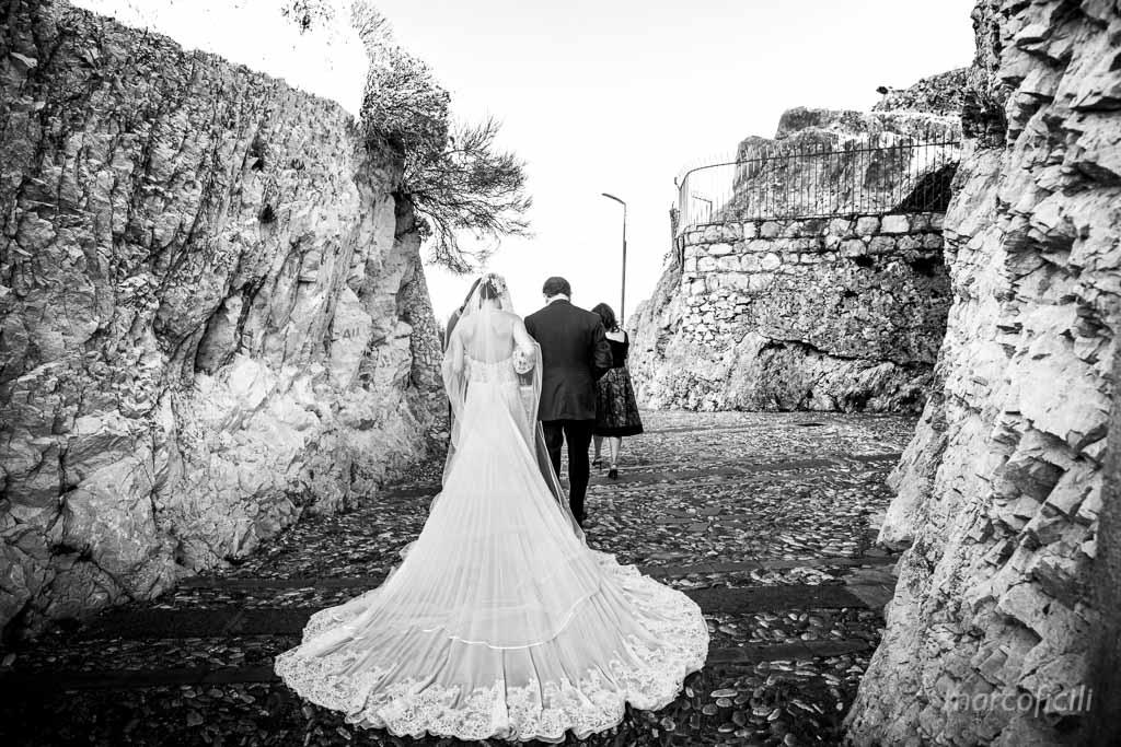 Wedding Madonna della Rocca Taormina, bride, dress
